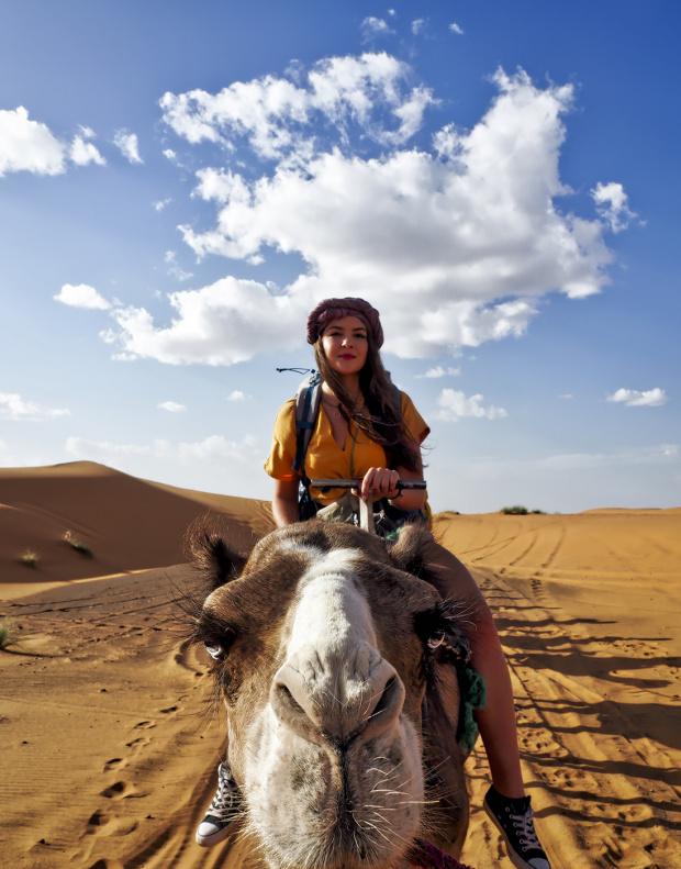 Wędrówka po Saharze.