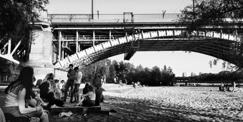 Pstryk Codzienny - upał pod mostem