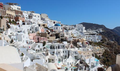 Miasteczko na wyspie Santorini - miejsce tak bogate w kolory, że prawie nie trzeba obrabiać zdjęcia :)