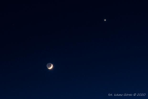 Koniunkcja Księżyca z Wenus w wąskim ujęciu #księżyc #wenus #astrofoto #koniunkcja #Chojnice