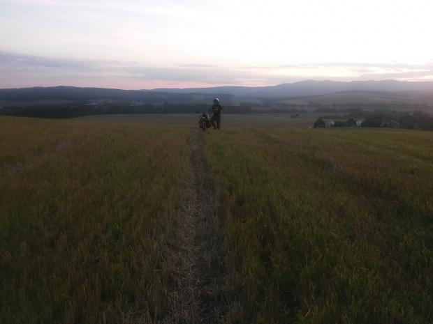 Słowacja. Nocleg na polu na którym wybuchały petardy