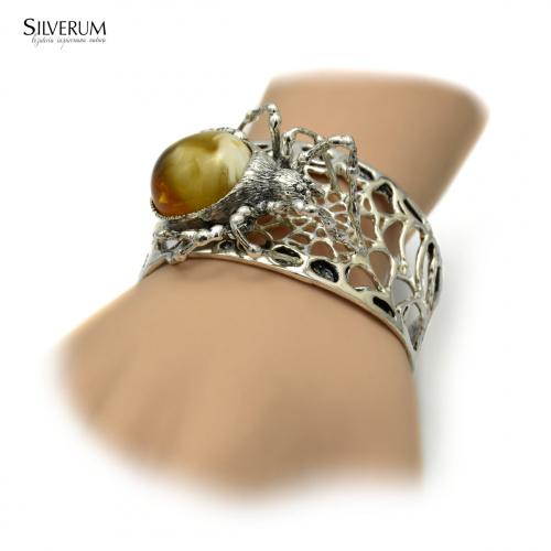 bransoletka pająk - www.silverum.com.pl #biżuteria, #srebrna, #bransoletka, #pająk, #pajęczyna, #bursztyn