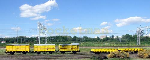 Wagony pociągu sieciowego w skali 1:87 w wersji z kinematyką sprzęgu. Oryginalny Pociąg Pogotowia Sieciowego, z którego modele posiadają oznakowanie, stacjonował w Tarnowskich Górach na przełomie XX i XXI. H0 #Energetyka #PKP